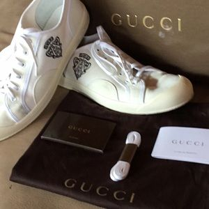 Gucci sports shoes. Size. 11